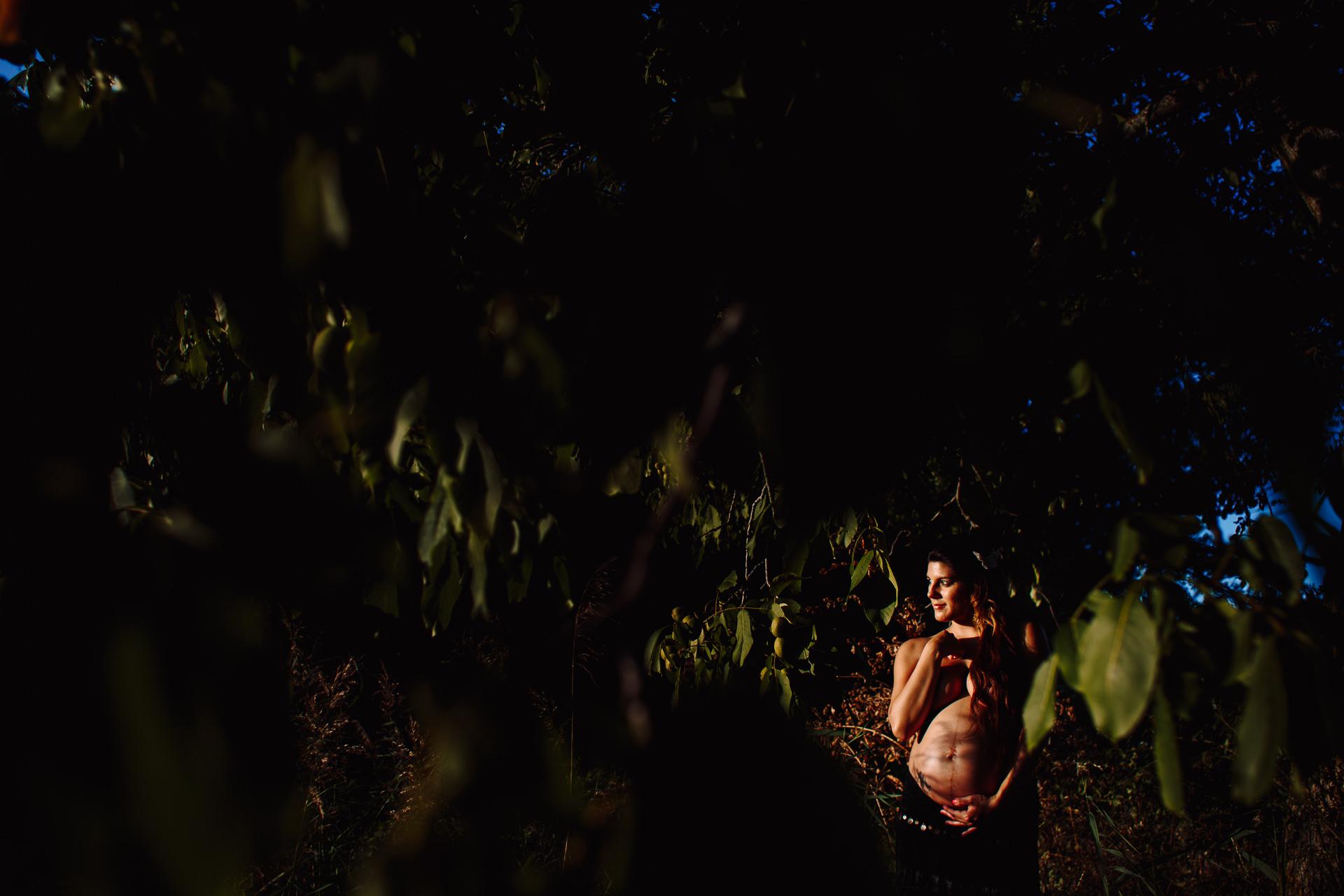 sesion fotos embarazo naturaleza barcelona