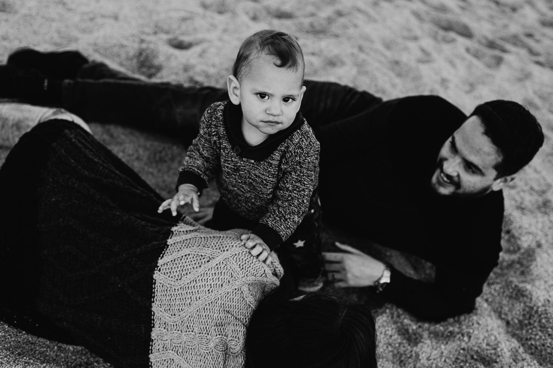 sesion de fotos infantil playa pont petroli badalona
